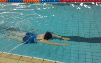 山东体育学院第一期教职工游泳培训班 掠影