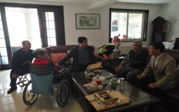 党委副书记张云龙走访慰问生活困难党员和群众