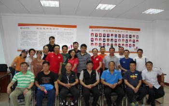 国家田径队教练员阚福林、孙海平、刘殿龙 、冯志华一行到我院田径教研室进行经验交流